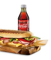 Panini z szynką + Coca-Cola 0,5l